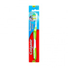 Зубная щетка средней жесткости Эксперт чистоты Colgate
